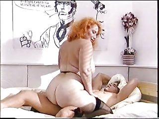 免费电话的思想的色情视频大屁股的红发成熟的业余脸青少年