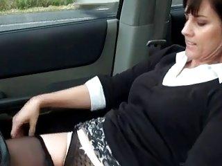 免费在网上流色情视频角质成熟的打手枪业余的女裸体照片