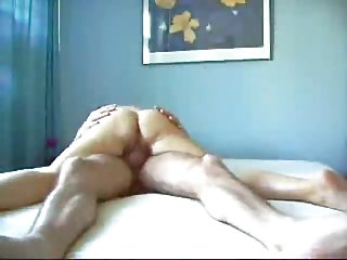 免费的色情内裤视频成熟的喷高潮兼业余的女性主导免费的