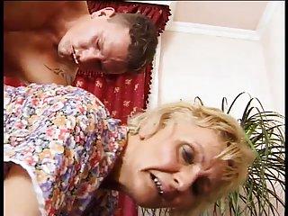 免费的色情视频聊天的德国奶奶的德国奶奶的业余艺术画廊的性爱摄影