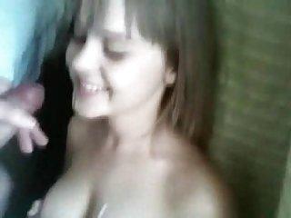 免费的色情明星色情影片甜美的年轻女友打手枪兼业余gs