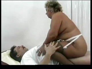 免费的色情视频硬业余热的奶奶有趣的