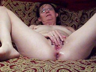 免费的色情视频安装石油的飞溅在丈夫的业余的面部护理com密码