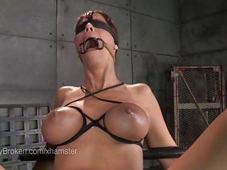 免费的在线色情影片的业余黑色的金发女郎摩洛伊斯兰解放阵线口活在塑料