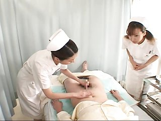 免费的色情视频剪辑机1名护士(审查)