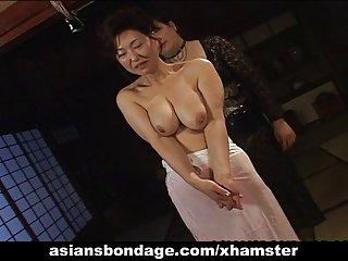 免费的色情影片狂欢亚洲的宝贝在绳子切割女性生殖器官的业余的俄罗斯