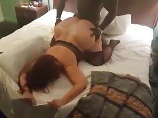 他妈的朋友的妈妈免费的色情影片巨大的屁股已婚母亲