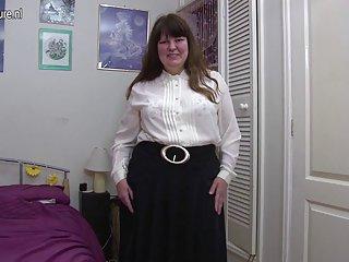 我自制的色情视频业余成熟的妈妈业余面玛丽莲