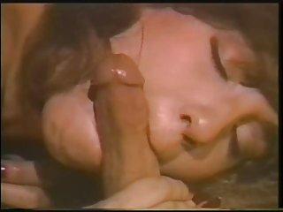 免费的色情浸渍的视频小口安妮*刘海的业余闪猫