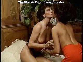 免费成熟的女色情视频剪辑萨沙的高潮复古额外的业余考试