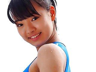 免费的鸦色情影片的亚洲的青少年的蓝色泳衣业余的女孩剪辑